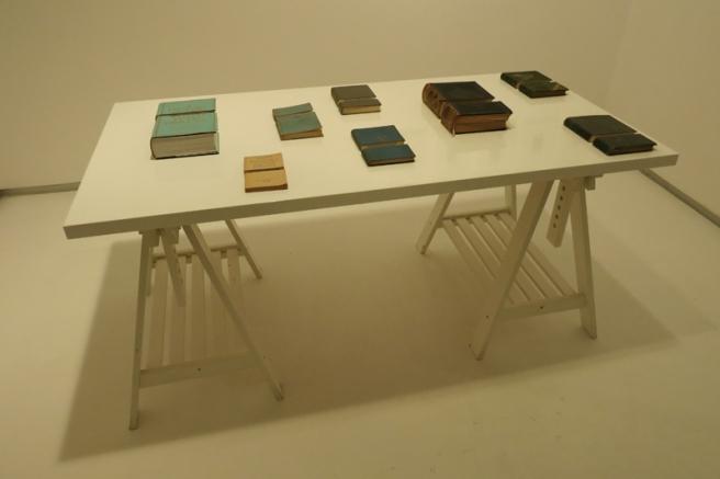 zsolt-astalos_my-story-my-version-library_table_a